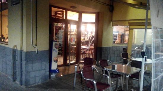 Picanya, España: Restaurante Cafeteria Peamflo