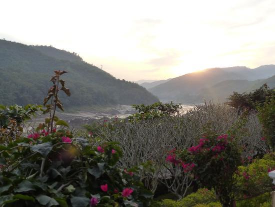 Sanctuary Pakbeng Lodge Photo