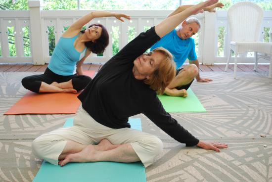 Glenville, NC: Yoga class