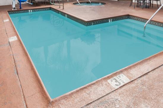 La Mesa, CA: Pool