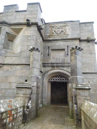 Falmouth, UK: gate to the main castle