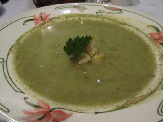 La Mirabelle : Watercress Soup (a soup of the day)