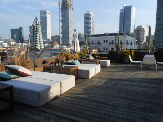 Brown TLV Urban Hotel: Roof area