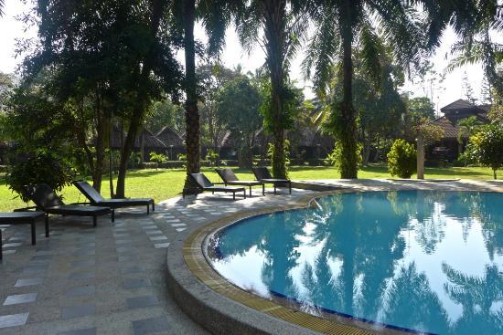 Golden Pai & Suite Resort