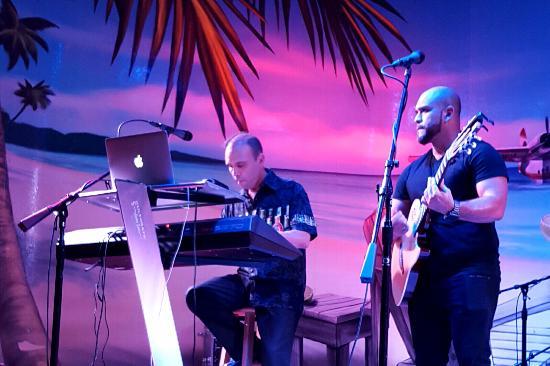 Hollywood Beach: Musicians, Latin band