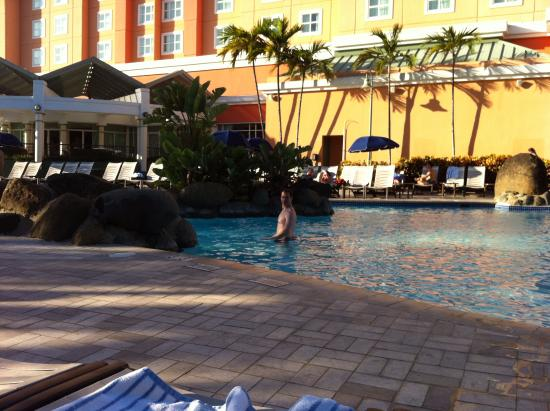 the pool at embassy suites san juan picture of embassy suites by rh tripadvisor com