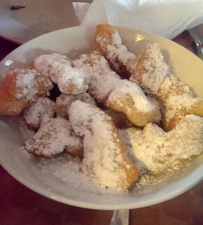 Dolce: Donuts for dessert
