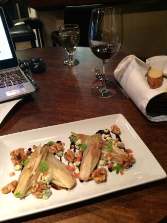 Terrace, Canada: Endive Salad with walnuts and blue cheese