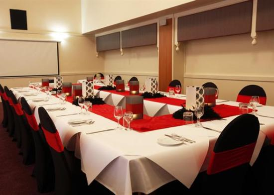 Charbonnier Motor Inn SIngleton: Function Room