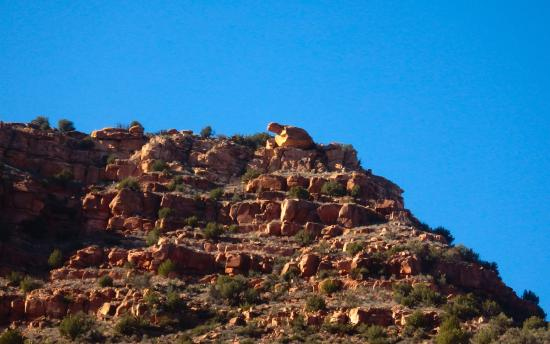Clarkdale, AZ : Turtle rock from the train window