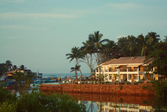 Acron Waterfront Resort