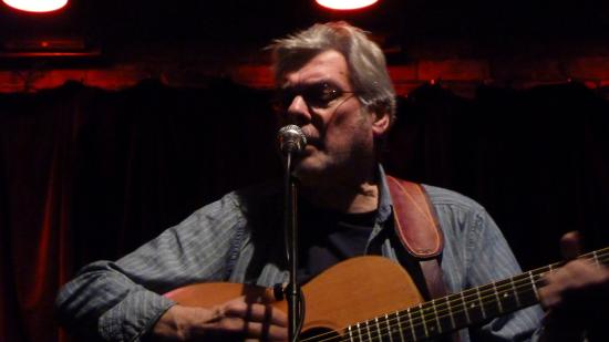 Hebden Bridge, UK: Steve Tilston in full flow 3rd February 2016