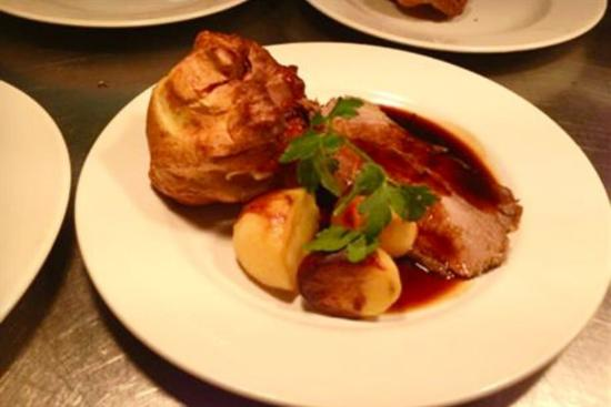 Kirtlington, UK: The best Roast Beef at The Oxford Arms
