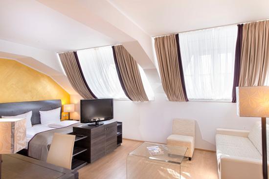 Wyndham Duisburger Hof: Junior Suite