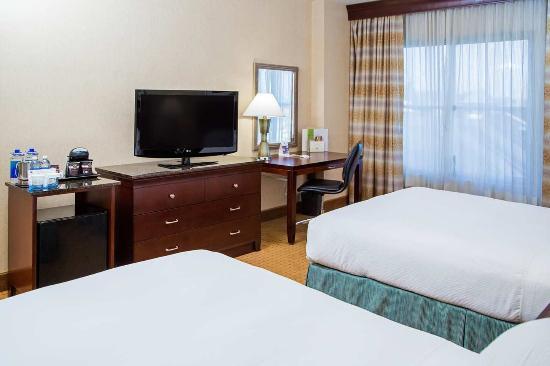 Modesto, Kalifornien: 2 Queen Beds Guest Room
