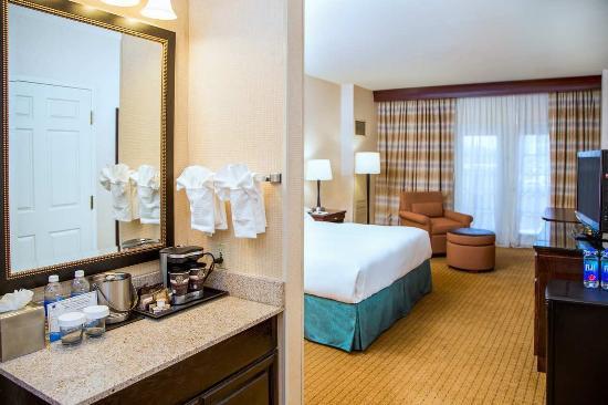 Modesto, Kalifornien: 1 King Bed Jr Suite