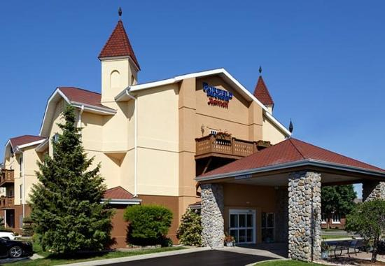 Fairfield Inn & Suites by Marriott Frankenmuth sits in downtown Frankenmuth