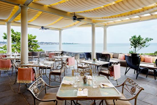The Chanler at Cliff Walk: The Terrace