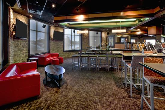 Elgin, IL: Restaurant VIP Section