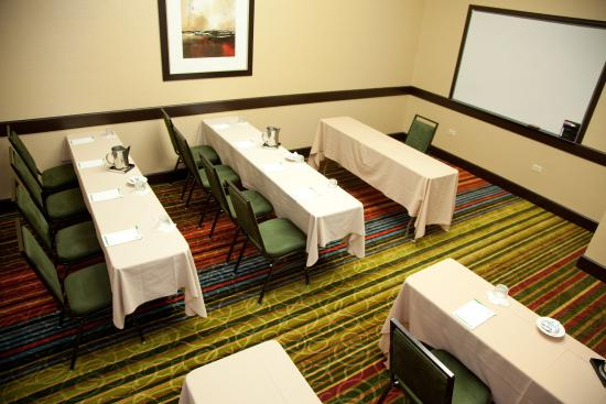 Elgin, IL: Meeting Room/Breakout Room