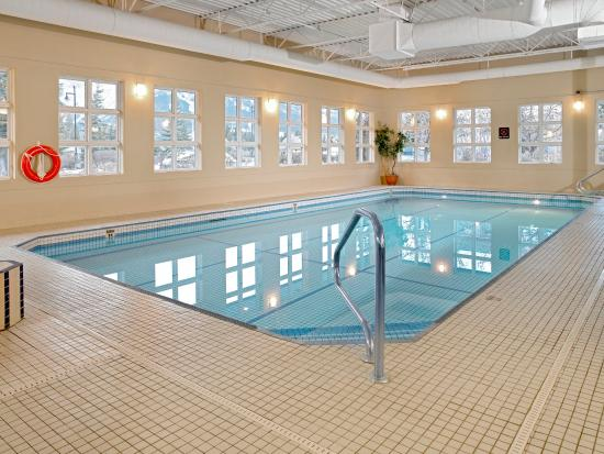 coast canmore hotel conference centre indoor swimming pool