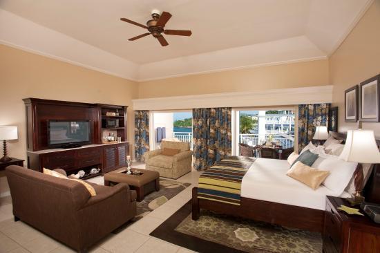 Beaches Ocho Rios Resort & Golf Club: French Village Honeymoon Oceannview Concierge Vera