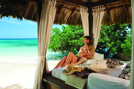 Romantic Beach Cabanas Picture Of Sandals Royal Plantation Ocho