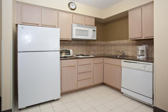 Centennial, CO: Kitchen King One Bedroom Suite