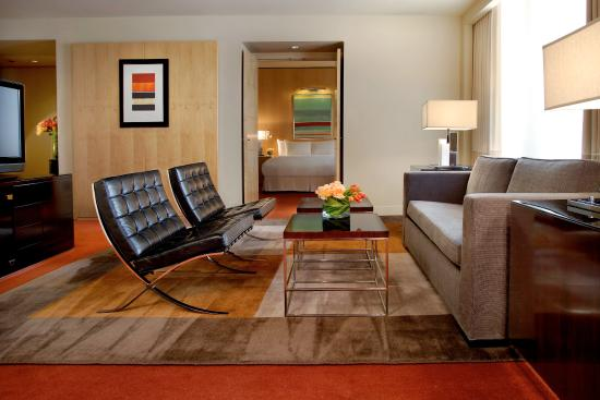 Sofitel Chicago Magnificent Mile: Suite