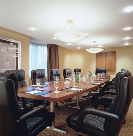 PULLMAN Miami Airport hotel: Boardroom