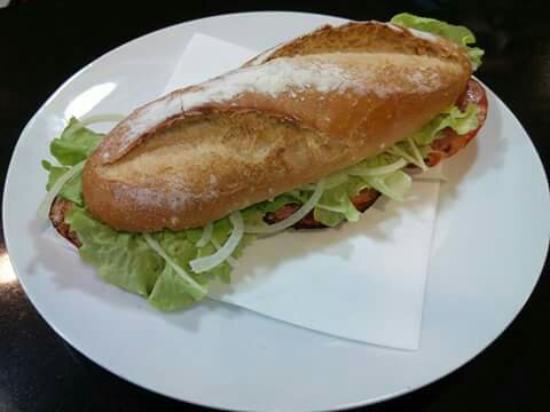 A Guarda, España: Pizzería Carla