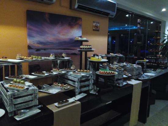 Sensimar Seaside Suites & Spa: Los Arrecifes, dessert area