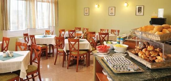 Baross City Hotel: Restaurant