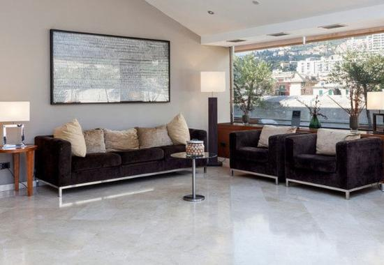 AC Hotel Genova by Marriott: Lobby Sitting Area