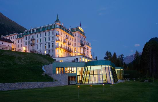 グランド ホテル クローネンホフ