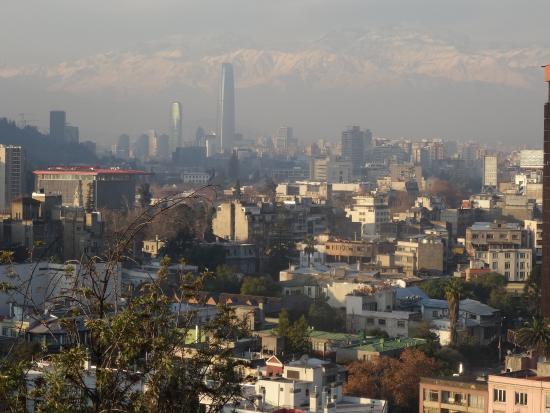 Ibis Santiago Providencia: Aussichtspunkt in Santiago recht schön