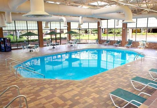 Racine, WI: Indoor Pool