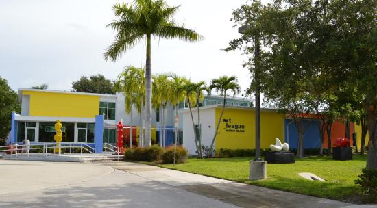 Marco Island Center for the Arts: MICA