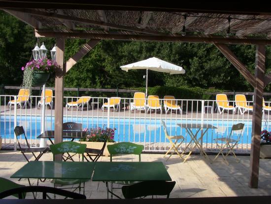 Gard, Frankrike: La Terrasse de la Guinguette