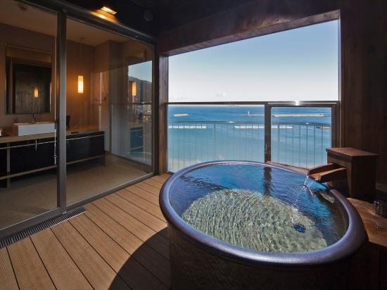 Atami Seaside Spa & Resort: 最上階(10 ...