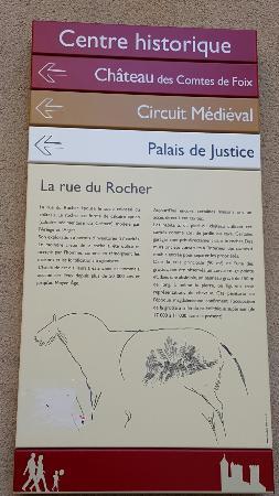 Фуа, Франция: A caminho da place de Justice
