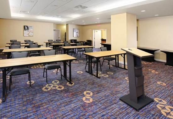 Courtyard by Marriott Fort Worth Downtown/Blackstone: Meeting Room – Classroom Setup