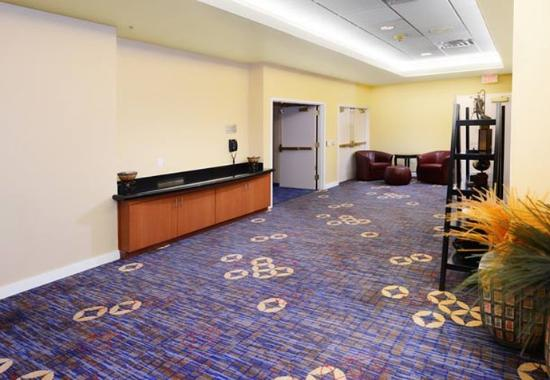 Courtyard by Marriott Fort Worth Downtown/Blackstone: Pre-Function Space