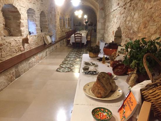 Toritto, Italië: Una sala