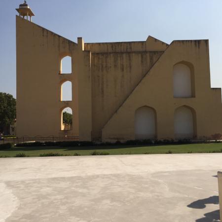 Jantar Mantar - Jaipur: photo0.jpg