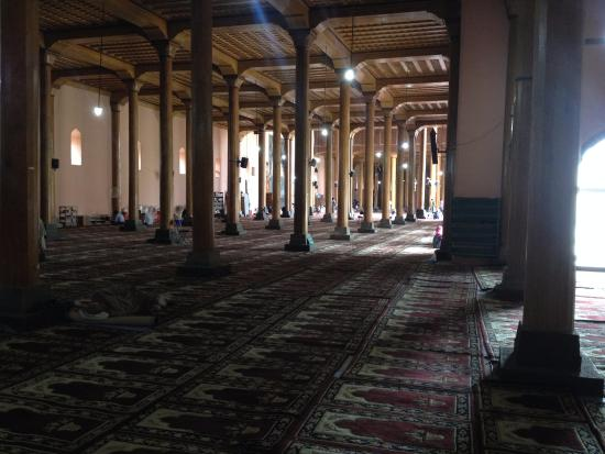 Jama Masjid Mosque: The inside view.