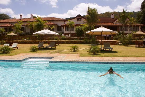 Machakos, Kenya: Swimming