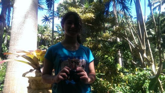 Hunte's Gardens: Sofía, desde Argentina, disfrutando de Hunte's Garden