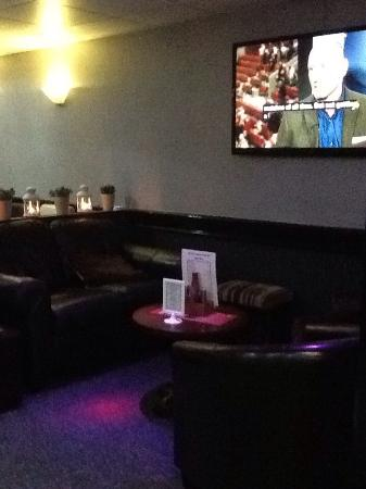Greater Manchester, UK: The Grape Escape Lounge Bar