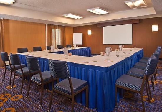 Whippany, NJ: Meeting Room